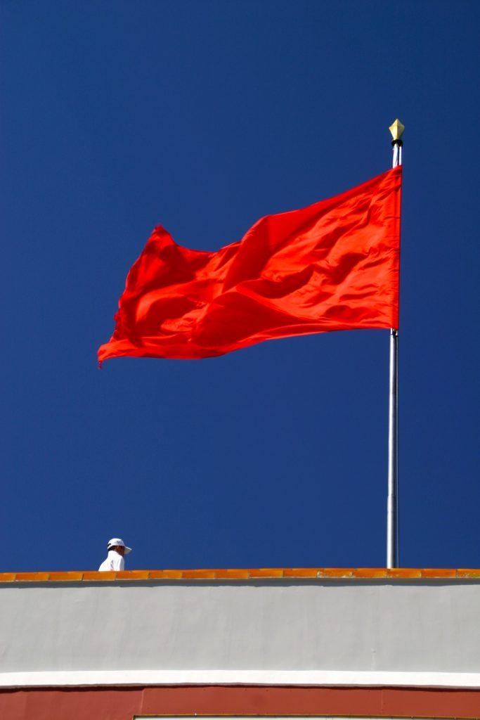 De plaatsing van een vlaggemast