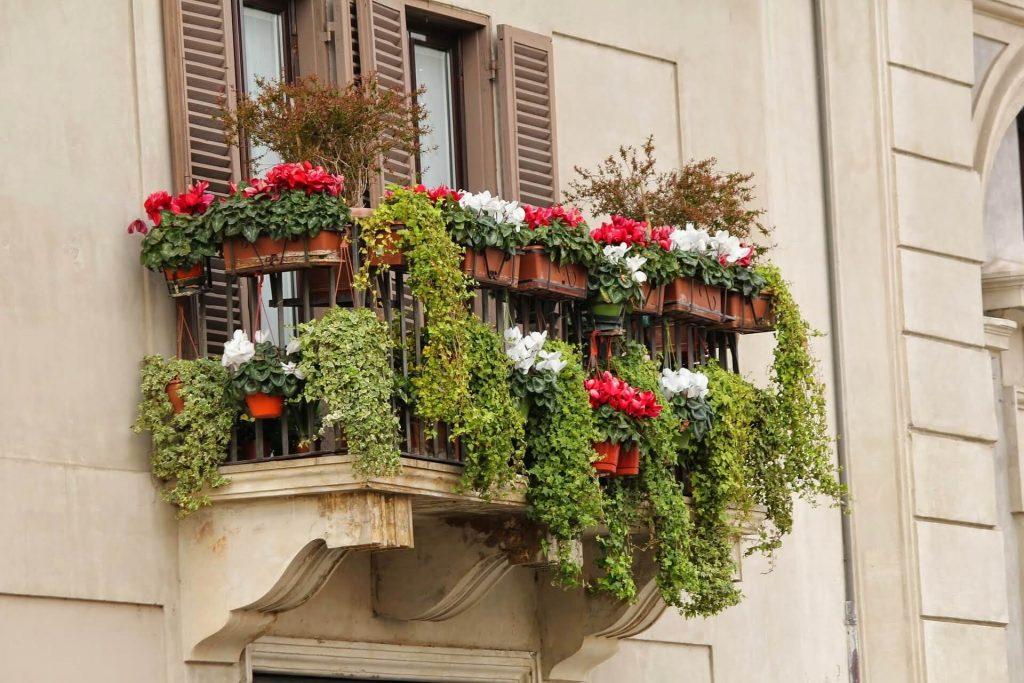 Een balkon geeft veel gezelligheid
